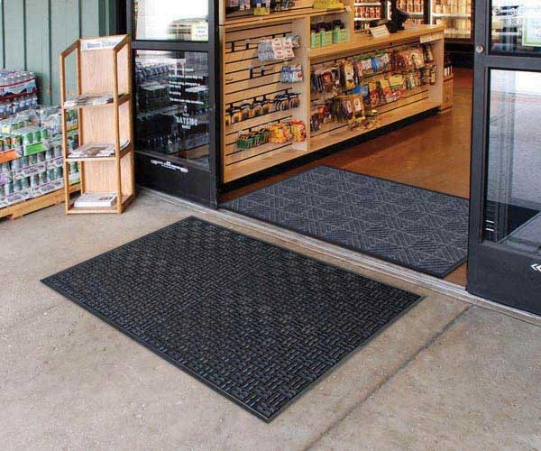 Aquaflow Outdoor Commercial Drainage Entrance Mat